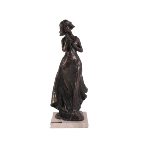 Brons beeld vrouw met roos