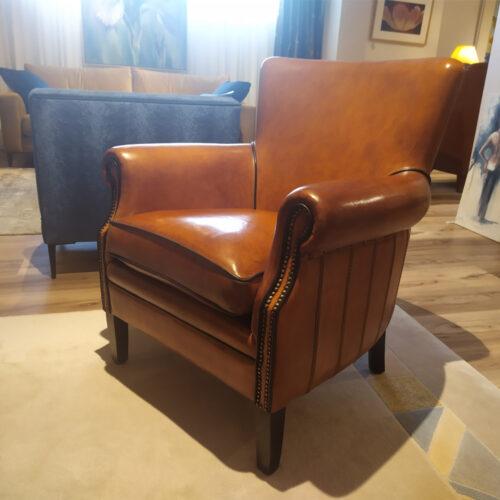 Schapenleren fauteuils